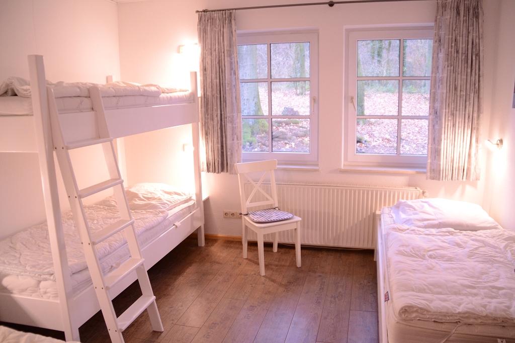 fewo 11 6 betten. Black Bedroom Furniture Sets. Home Design Ideas